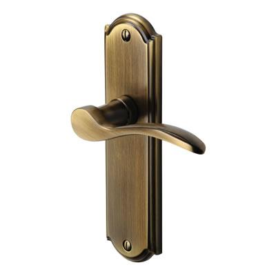 M Marcus Howard Door Handle - Latch Set - Antique Brass)