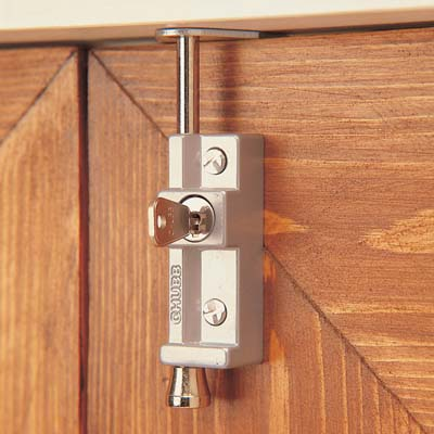 Yale® 8K116 Multi Purpose Locking Bolt - White)