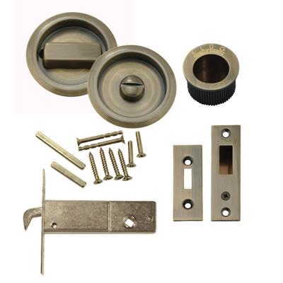 KLÜG Round Flush Privacy Set with Bolt - Antique Brass