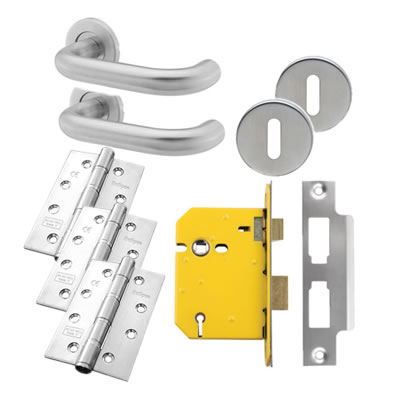 19mm Lever Door Handle on Rose Kit - 5 Lever Sashlock - Stainless Steel
