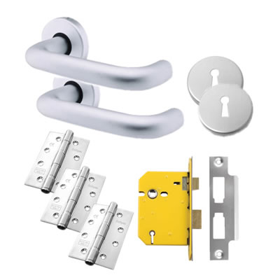 Lever Door Handle on Rose Kit - 5 Lever Sashlock - Aluminium
