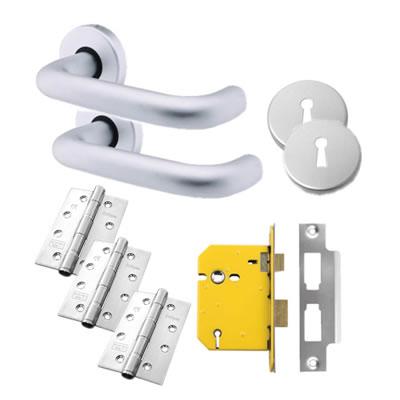 Lever Door Handle on Rose Kit - 5 Lever Sashlock - Aluminium