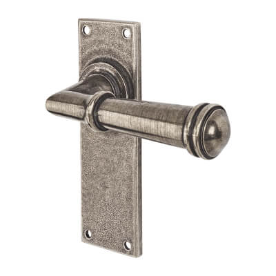 Finesse Durham Door Handle - Latch Set - Pewter)