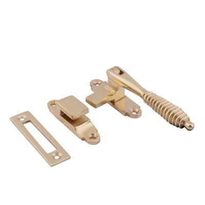 Cast Reeded Casement Hook & Plate Fastener - Polished Brass