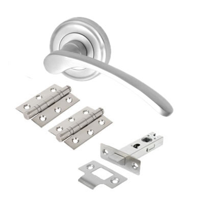 M Marcus Sophia Lever Door Handle on Rose - Door Kit - Satin Chrome