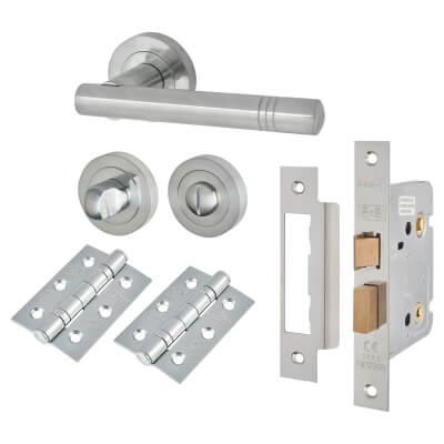 Touchpoint Dakota Lever Door Handle - Bathroom Lock Kit - Satin Chrome
