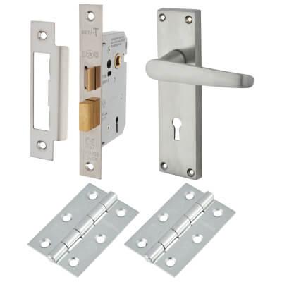 Touchpoint Budget Straight Door Handle - Lock Kit - Satin Chrome
