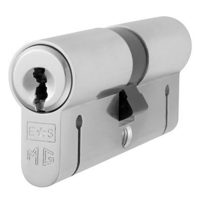 Eurospec MP15 - Euro Double Cylinder - 35 + 35mm - Satin Chrome  - Master Keyed