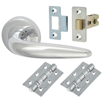 M Marcus Goccia Lever Door Handle on Rose - Door Kit - Polished Chrome