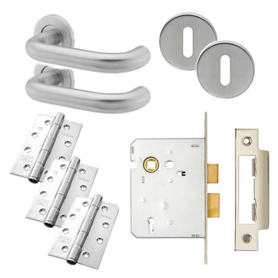 19mm Lever Door Handle on Rose Kit - 3 Lever Lock - Stainless Steel