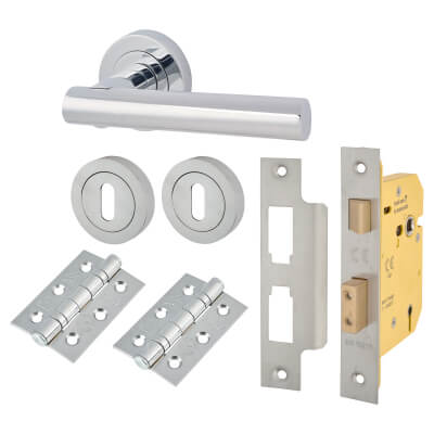 Touchpoint Bella Lever Door Handle on Rose Kit - 5 Lever Sashlock - Polished Chrome