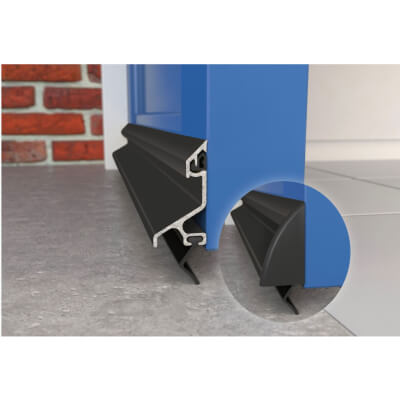 Exitex Standard Rain Deflector and Drip Bar - 914mm - Black)